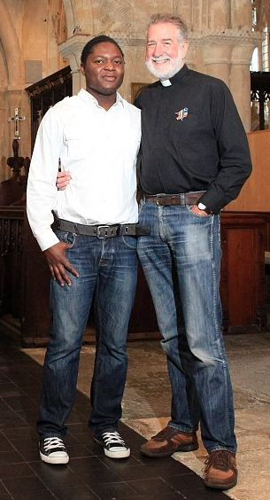 Gay vicar to marry male model
